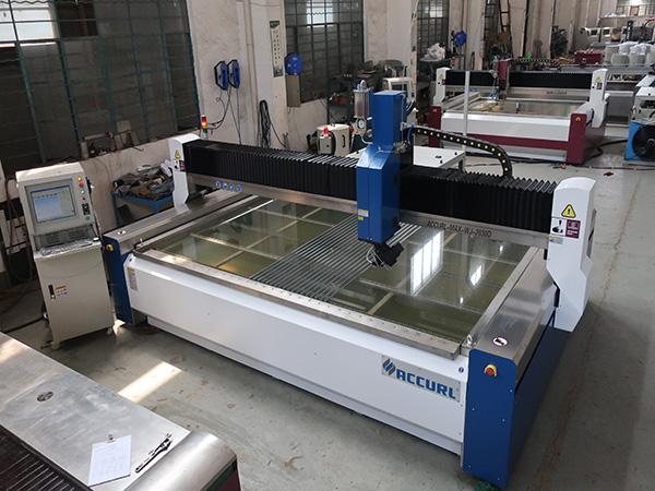 Machine de découpe jet d'eau à portique 3020 CNC avec pompe à entraînement direct