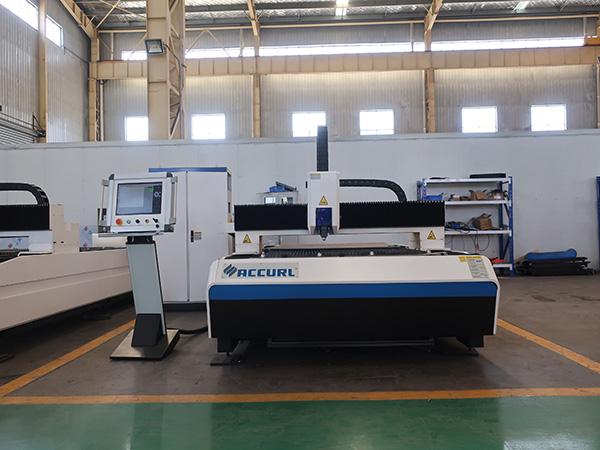 Hot sale steel pipe fiber laser cutting machine price /metal tube cutter